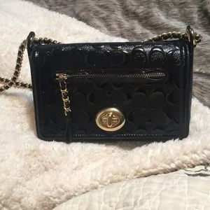 Authentic Coach bag only used twice (value $400)